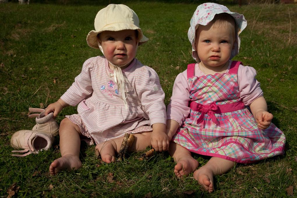 В деревне с племянницей